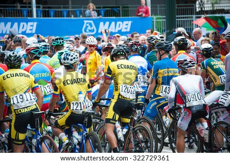 RICHMOND, VIRGINIA - SEPTEMBER 25: Riders prepare for the under-23 men's road race at the UCI Road World Championships on September 25, 2015 in Richmond, Virginia