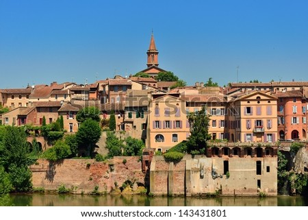Righ bank of the medieval old town of Albi and Tarn river, France