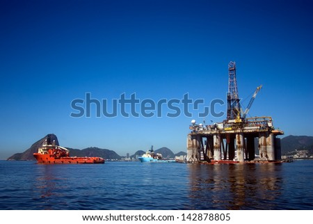 RIO DE JANEIRO, BRAZIL - FEBRUARY 4 : Oil platform Guanabara Bay at 4 February 2013, Rio de Janeiro, Brazil. Brazil is one of the biggest oil exporter in South America. - stock photo