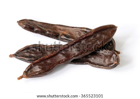 Ripe carob pods, carob powder can be used as a substitute for cocoa