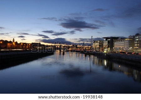 River Clyde skyline (west) at sunset, Glasgow, Scotland