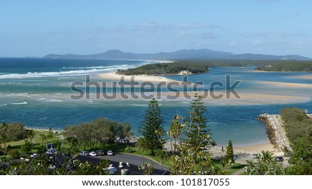 river outfall into the ocean Nambucca River, Warrell Creek, Nambucca Heads Captain Cook Lookout - australia - stock photo
