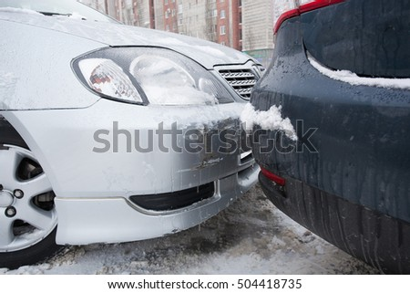 Road accidents in the snow