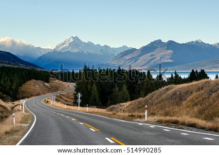 Road to Mount Cook National Park with Lake Pukaki is beside.