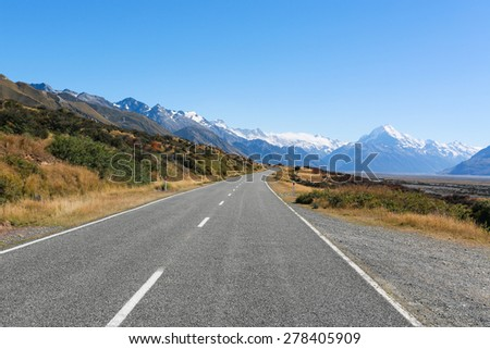 Road with beautiful view on Southern Alps in the background