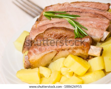 roasted pork ribs with potatoes
