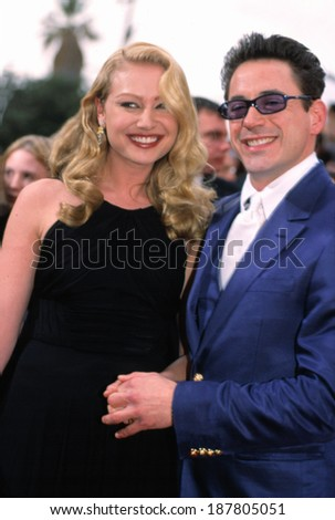 Robert Downey Jr and Portia de Rossi at the SAG Awards, LA, 3/11/2001