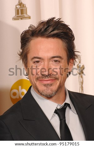 Robert Downey Jr at the 79th Annual Academy Awards at the Kodak Theatre, Hollywood. February 26, 2007  Los Angeles, CA Picture: Paul Smith / Featureflash - stock photo