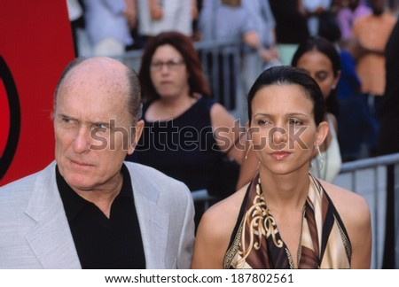 Robert Duvall and girlfriend at the Apocalypse Now Redux Premiere, NYC, 7/23/2001