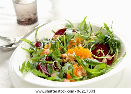 Rocket with orange and beetroot salad