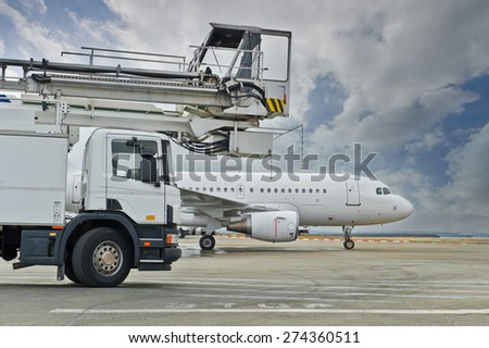ROISSY, FRANCE - OCTOBER 10, 2014 : Airliner Airbus A319 waiting for review - stock photo