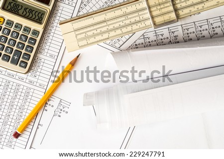 Rolls of drawings, calculate and record the results of calculations