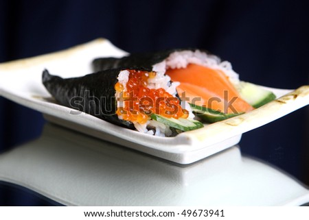 rolls sushi with caviar