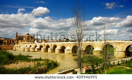 Roman Bridge and Guadalquivir river, the Great Mosque, Cordoba, Andalusia, Spain