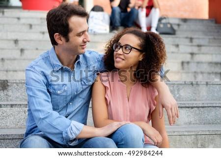 romantic-interracial-picture