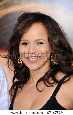 "Rosie Perez  at the Los Angeles Premiere of ""Pineapple Express"". Mann Village Theater, Westwood, CA. 07-31-08"