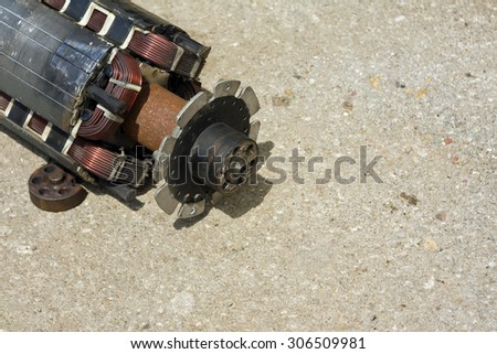 Rotor of Alternator Mechanically Damaged Anchor stands on the pavement