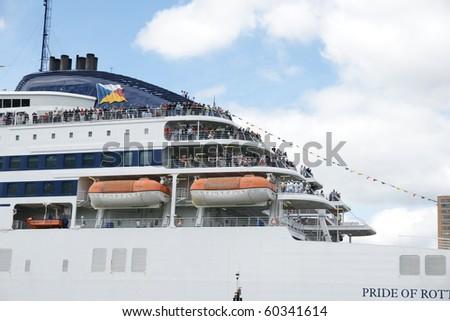 gay cruisen in rotterdam