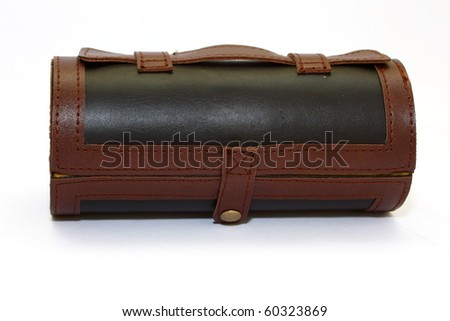 Round casket from a leather with a lace