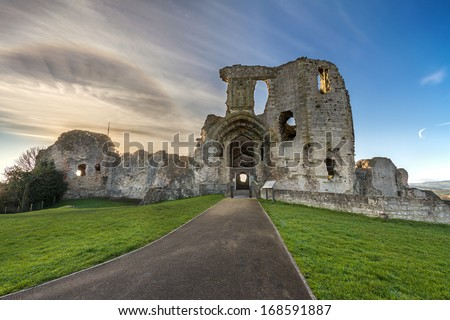 stock-photo-ruins-of-denbigh-castle-in-n