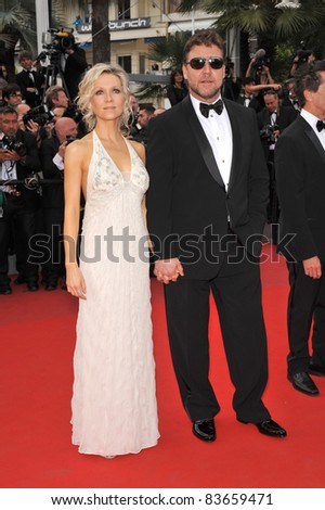 "Russell Crowe & wife Danielle Spencer  at the premiere of his movie ""Robin Hood"" the opening film at the 63rd Festival de Cannes. May 12, 2010  Cannes, France Picture: Paul Smith / Featureflash - stock photo"