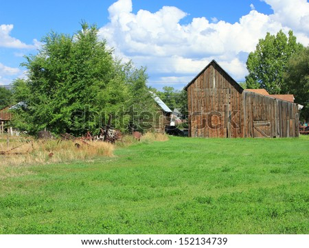 Rustic barn in rural Utah, USA.