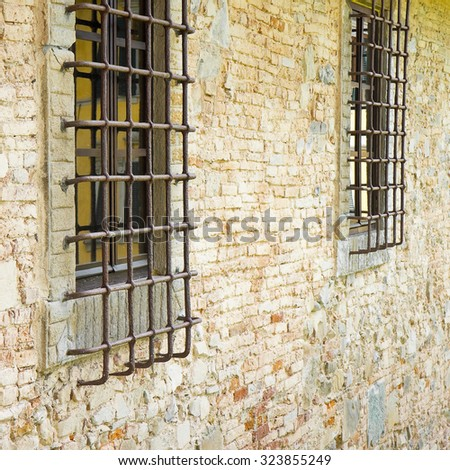 Detail old window caceres spain stock photo 149250158 - Steel framing espana ...