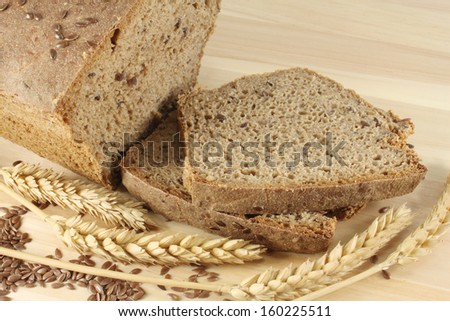 Rye bread with flax seeds