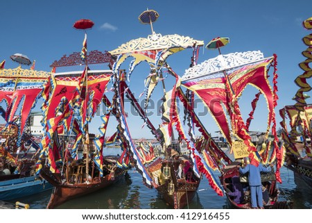 Sabah, Malaysia - April 23, 2016:The Traditional Bajau's boat called Lepa Lepa decorated with colorfull Sambulayang flag and exibit during Regatta Lepa Festival in Semporna Sabah.