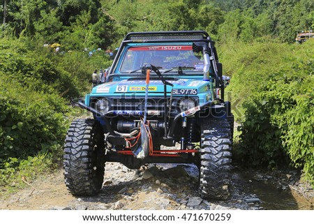 SABAH, MALAYSIA - 16 August 2016 : four wheel drive car be in action during off road challenge in Borneo Safari 2015.