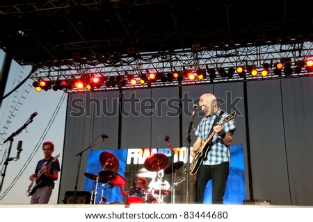 SACRAMENTO, CA - AUGUST 6: Peter Frampton performs at Thunder Valley Casino and Resort in Lincoln, California on August 6th, 2011
