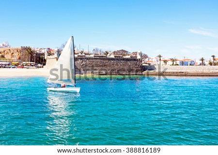 Sailing at the Forte de Bandeira in Lagos Portugal - stock photo