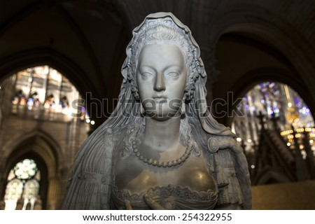 SAINT-DENIS, FRANCE FEBRUARY 12, 2015 : statue of queen Marie-Antoinette in  basilica of saint-denis,  necropolis of french monarchs, February, 12, 2015 in Saint-Denis, near Paris, France.