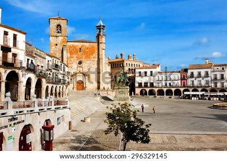 Saint Martin's church and statue of Fransisco Pisarro. Trujillo. Spain - stock photo