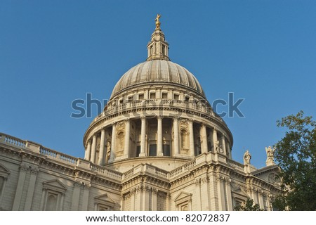 Saint Paul Cathedral dome, among the highest on the world.