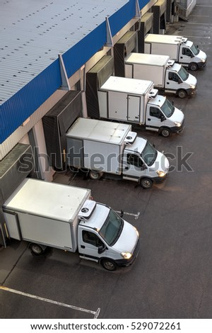 Loading Dock Stock Images Royalty Free Images Amp Vectors