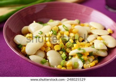 Salad with lima bean, corn, and green onion