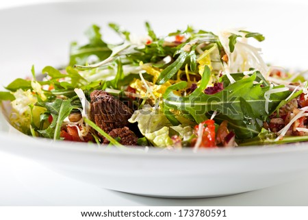 Salad with Meat, Vegetables and Rucola