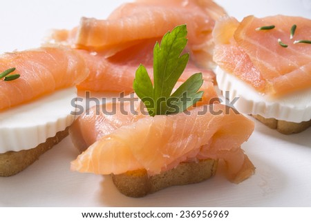 salmon canapes