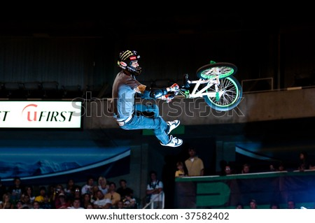 SALT LAKE CITY - SEPTEMBER 20: Jamie Bestwick competes in the finals of the BMX VERT at the 2009 Dew Tour Toyota Challenge held on September 20, 2009 in Salt Lake City.