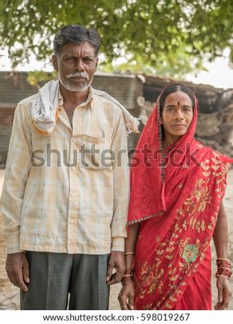 Salunkwadi india november 14 2016 indian hindu couple in traditional cloth