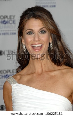 Samantha Harris  at the 35th Annual People's Choice Awards. Shrine Auditorium, Los Angeles, CA. 01-07-09
