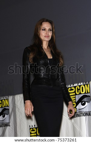 SAN DIEGO - JUL 22:  Angelina Jolie promoting the movie 'Salt' on Day 1 of Comicon in San Diego, California on July 22, 2010.