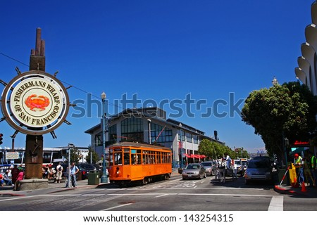 SAN FRANCISCO:AUG 29: Unidentified people visit  Fishermans Wharf on August 29, 2007 in San Francisco, California, US. Here is famous tourist attractions, approximately 12 million visitors a year. - stock photo