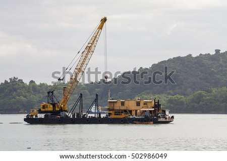 Sand replenishment ship for land reclamation