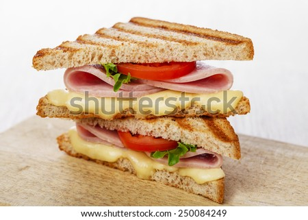 sandwich toast grilled with cheese tomatoes and ham
