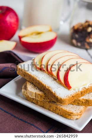 sandwich with cheese curd, honey and red apple, snack, clean eating