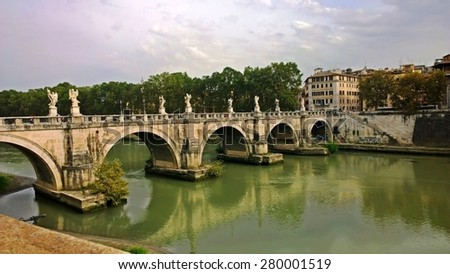 Sant'angelo (ital. Ponte Sant'angelo) is a pedestrian bridge over the Tiber in Rome