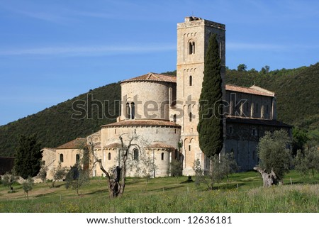 Sant  Antimo Abbey  in Tuscany
