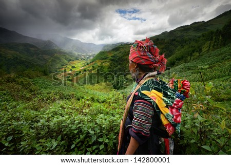 SAPA, LAO CAI, VIETNAM - JUNE 11: Unidentified woman from the Black H'mong Ethnic Minority on June 11, 2012 in Sapa, Vietnam. Black H'mong tribe is one of the minority tribes in Vietnam.